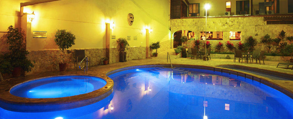 adventure inn costa rica pool